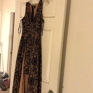 Windsor black lace dress size three